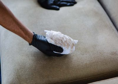 sofa's upholstery cleaning by hand